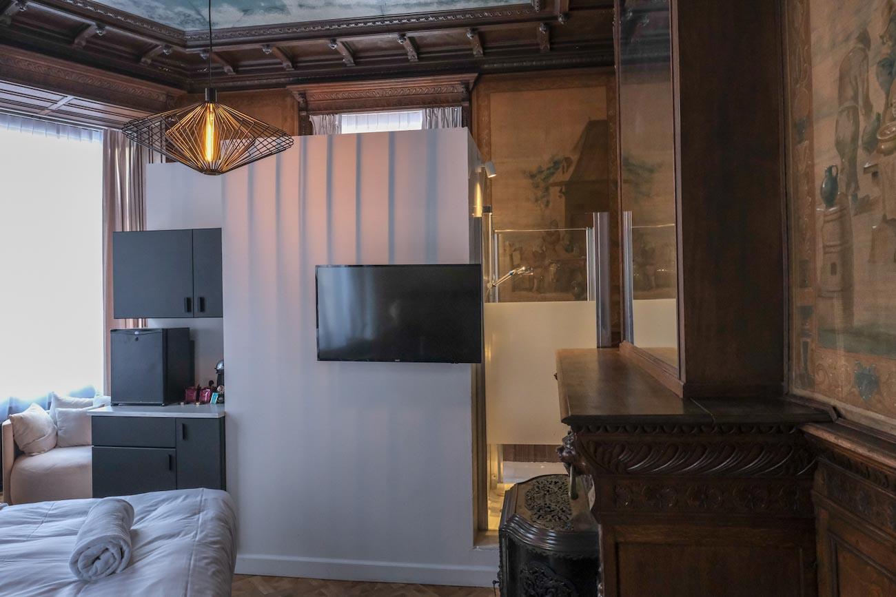 The Mansion Hotel Gent Slaapkamer badpod douche erfgoed restoratie