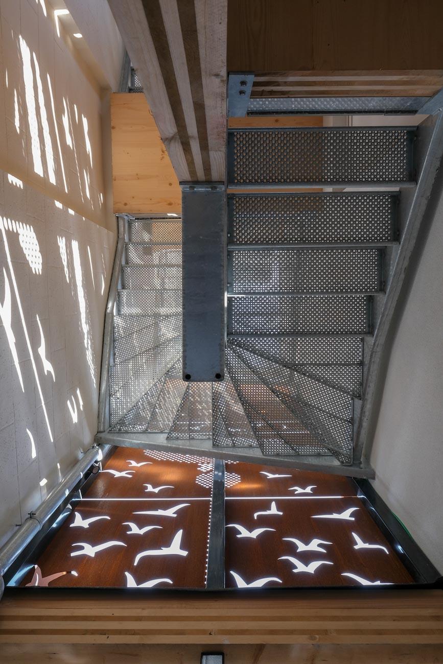 The Mansion Hotel Gent CLT gebouw met corten staal gevel buiten trap het blauwe vogel Maeterlinck