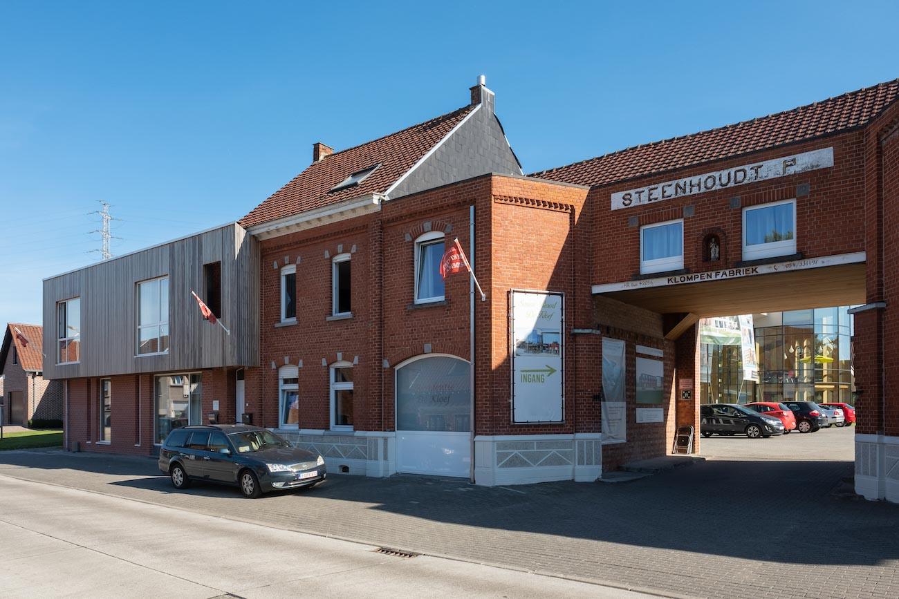 Klompenfabriek serviceflats Straatgevel CLT gebouw straatkant