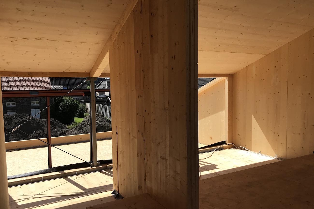 Carbofisc Kantoor CLT gebouw duurzaam constructie in uitvoering houten interieur