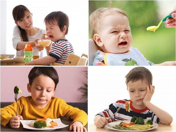 trẻ biếng ăn quấy khóc