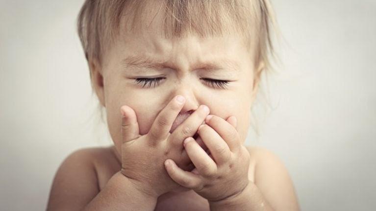 Trẻ bị ho khan phần lớn là do virus