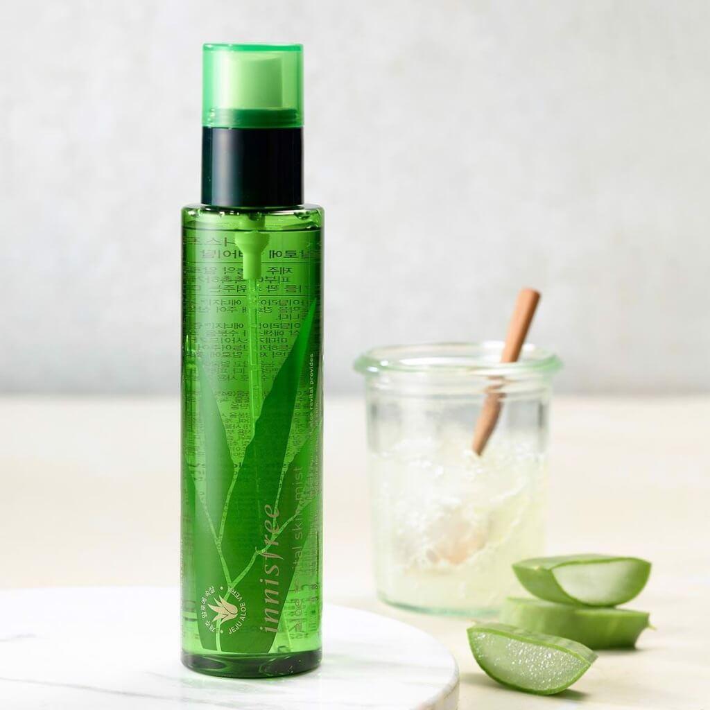 Xịt khoáng cho da khô Innisfree Aloe Revital Skin