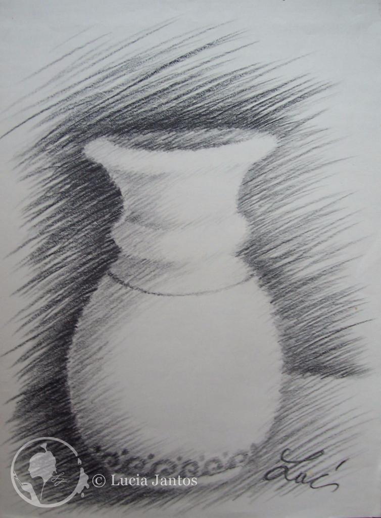 Porzellanvase - Kohleschraffur auf Papier Din A3