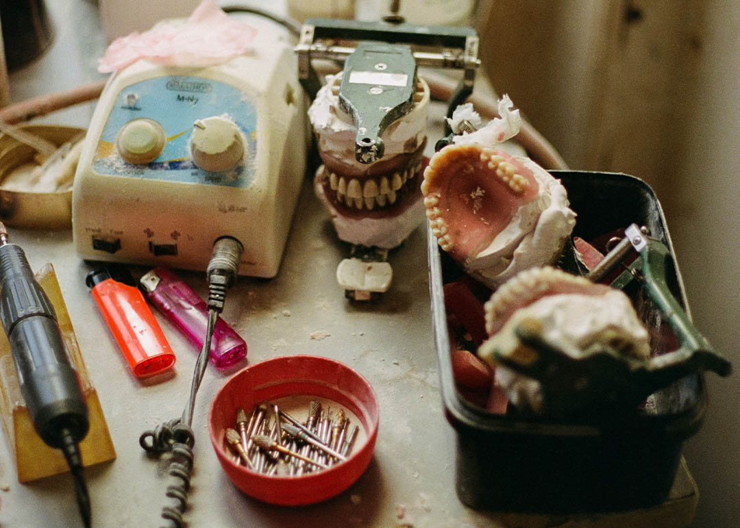 Down a back street alley deep in north west London there is a dentist studio, a frankensteins workshop of sorts.