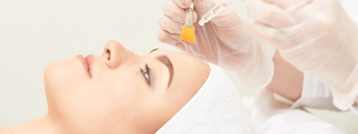depigmentation treatment carried out by a specialist