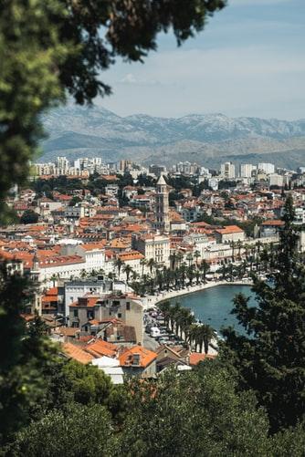 parc marjan foret split croatie