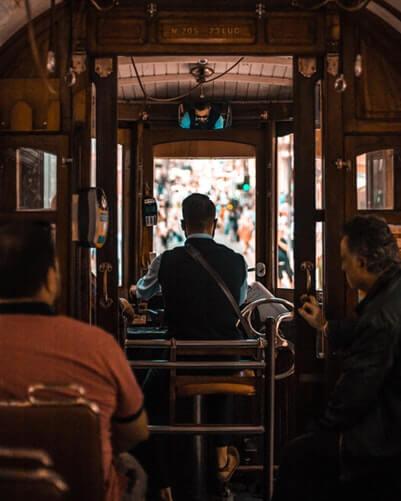 visiter tramway porto portugal
