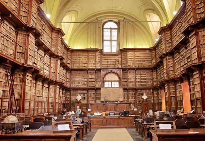bibliothèque visiter rome autrement
