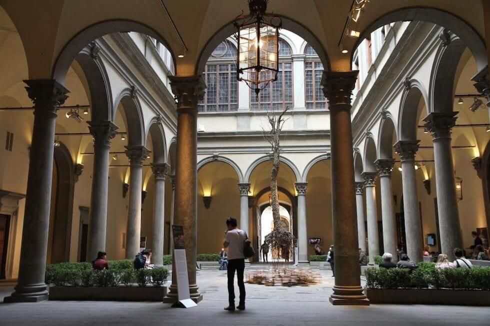 visiter florence à pied palazzo strozzi