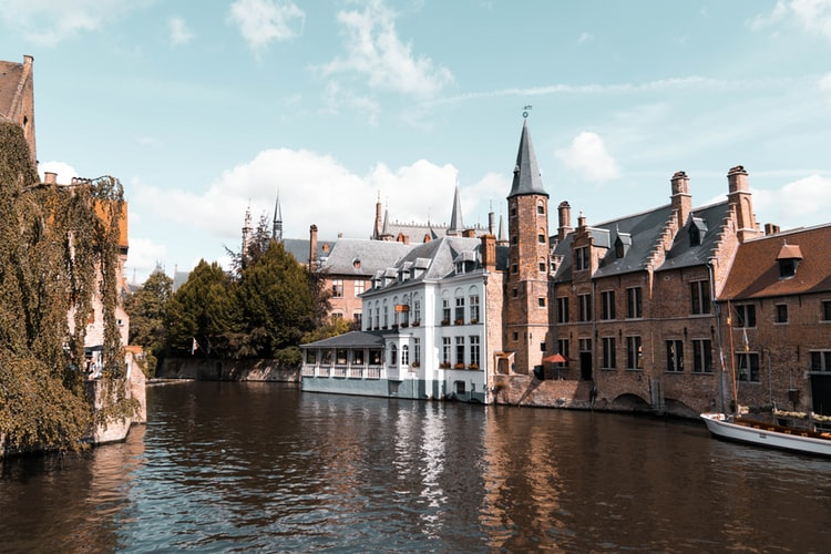 Architecture et canaux de Bruges