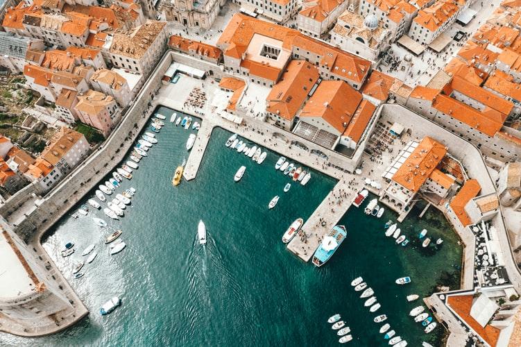 Vue aérienne du port de Dubrovnik