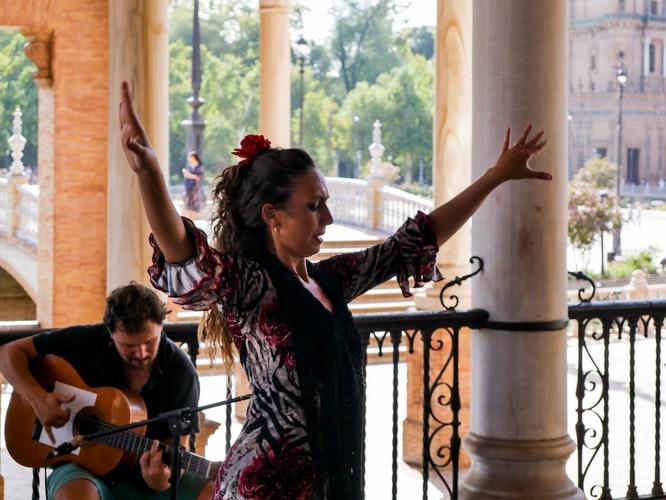 Du Flamenco sur la place d'Espagne
