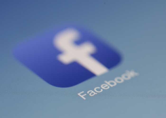 facebook icon op screen