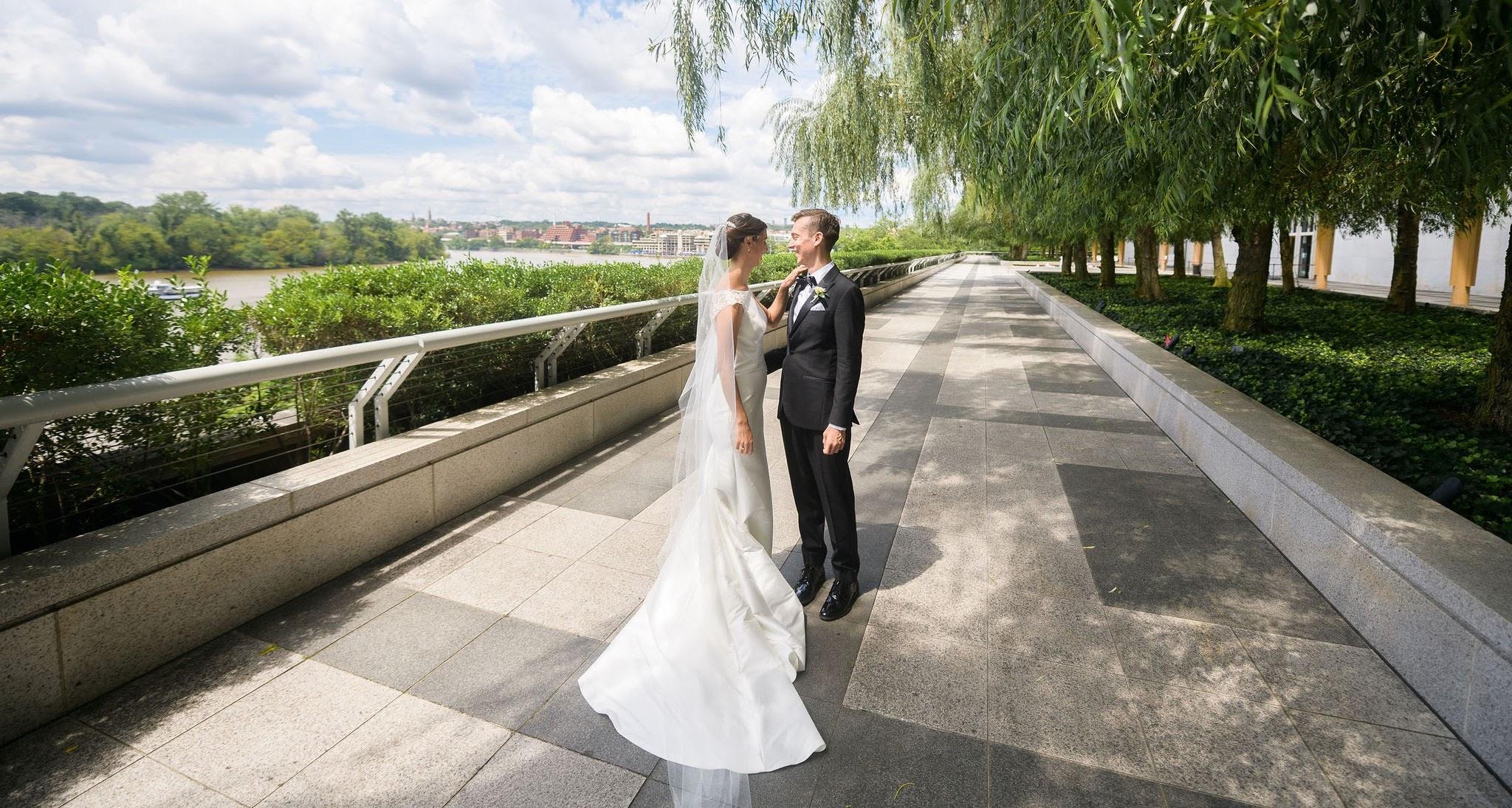 Micro-Wedding: Jay + Claire