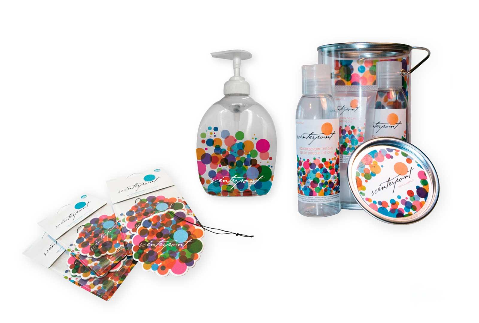 Verschillende verpakkingen voor Scenterpoint: geurhanger, zeeppompje, cadeauverpakking