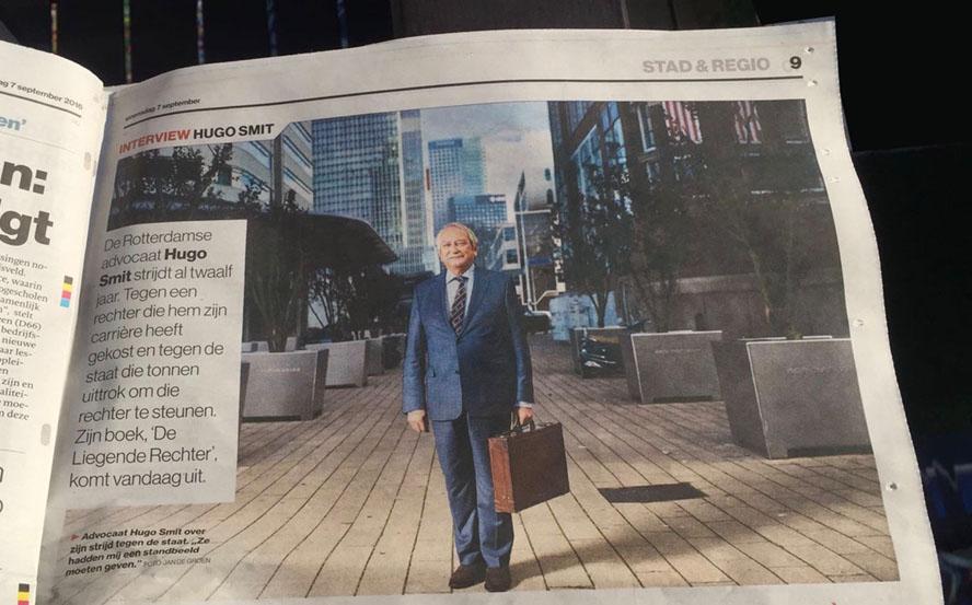 Liegende rechter krantenartikel Hugo Smit