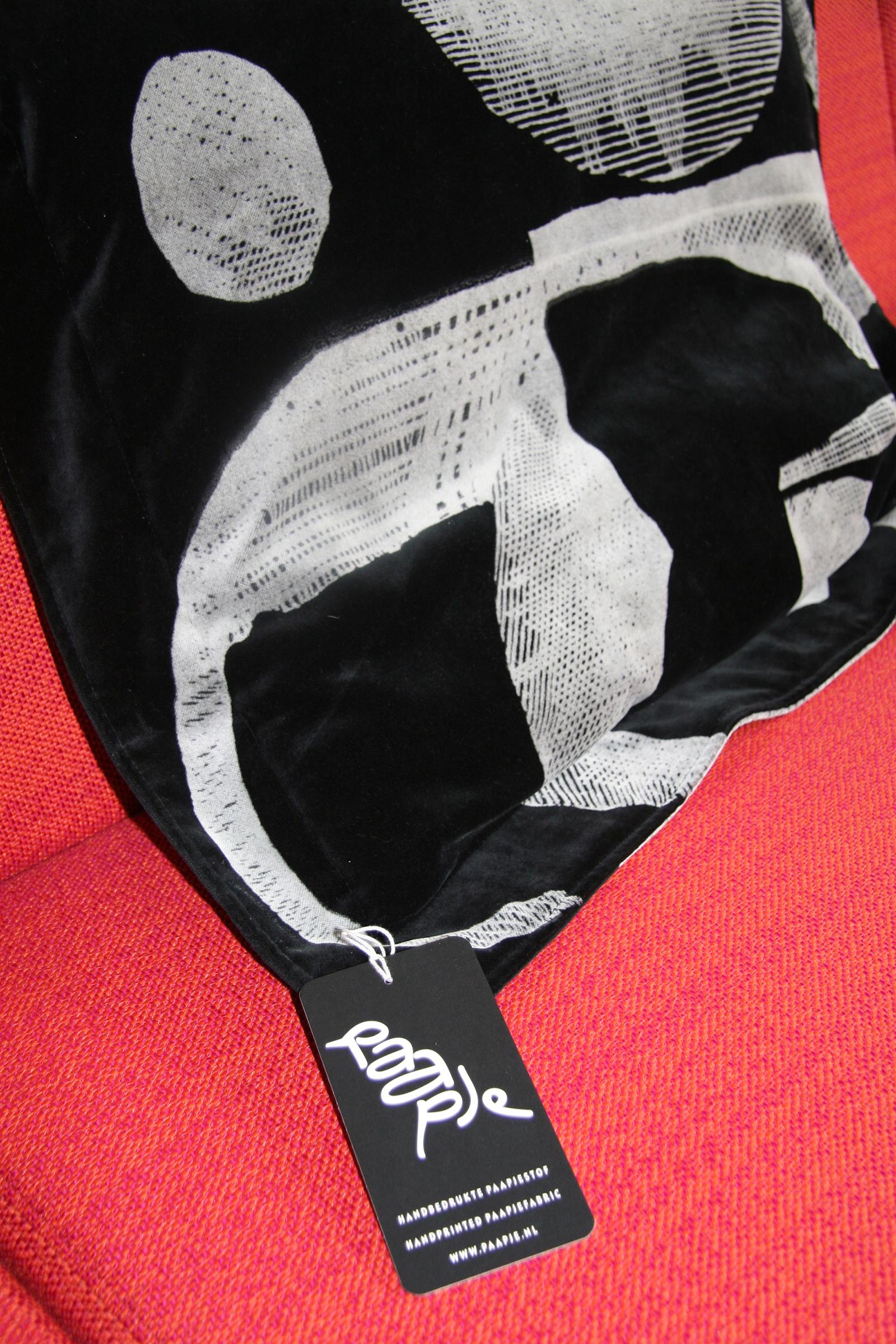 Label aan Paapje kussen
