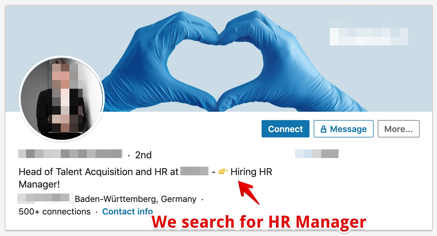 LinkedIn Headline Example of a woman in HR with a clear call to action