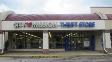 External front photo of City Mission's Belle Vernon Thrift Store
