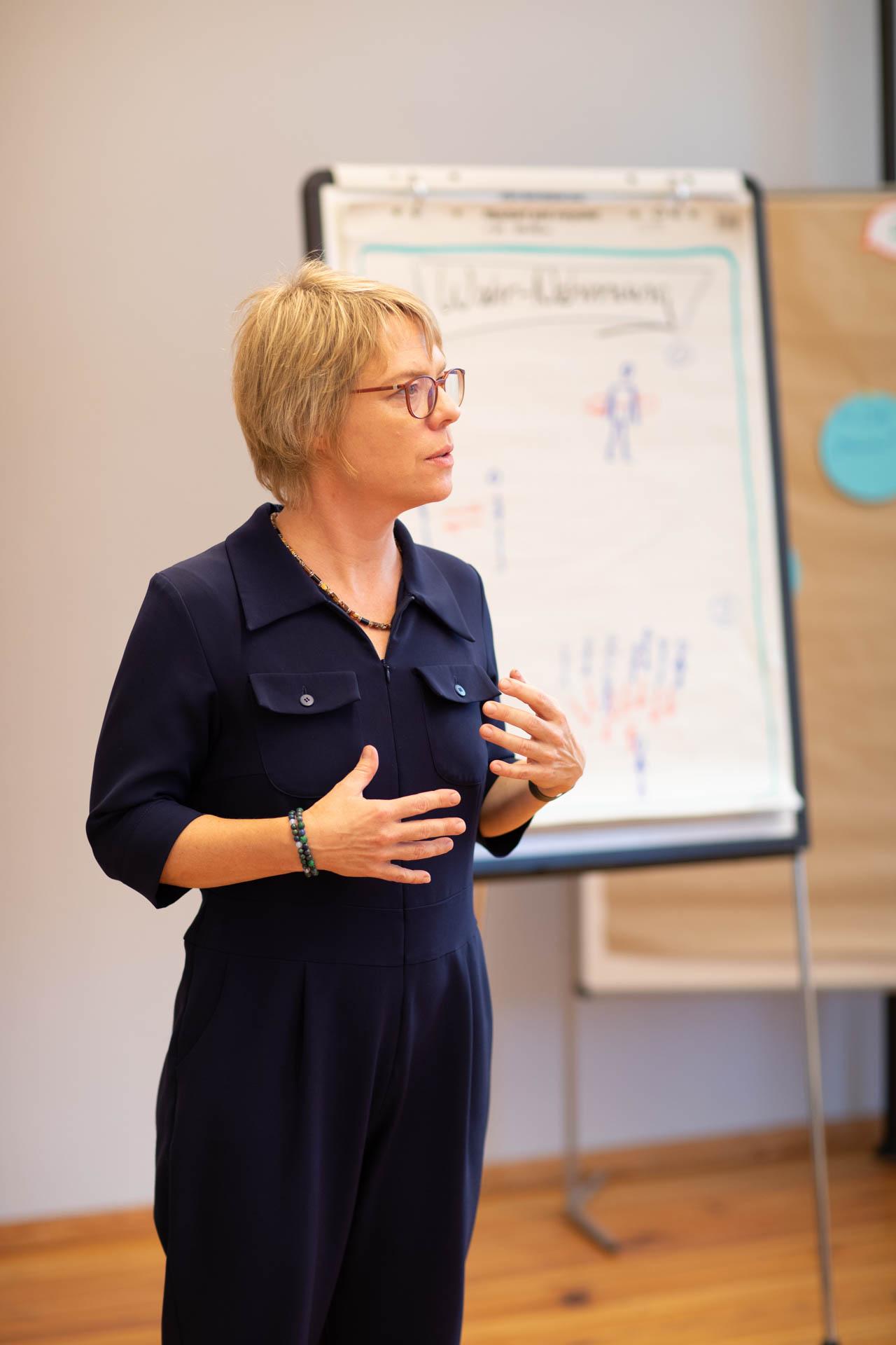 Kristina Böhlke gibt einen Workshop