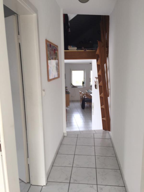 Flur 2. Ebene Richtung Wohnzimmer