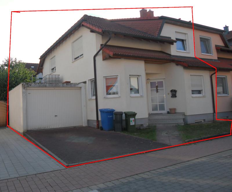VERKAUFT!!! Vermietete Doppelhaushälfte mit viel Platz für die ganze Familie