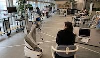 愛知県の高校生が授業内でugoを操縦し、都内オフィスにインターンとして就業体験をする取り組みを行いました。