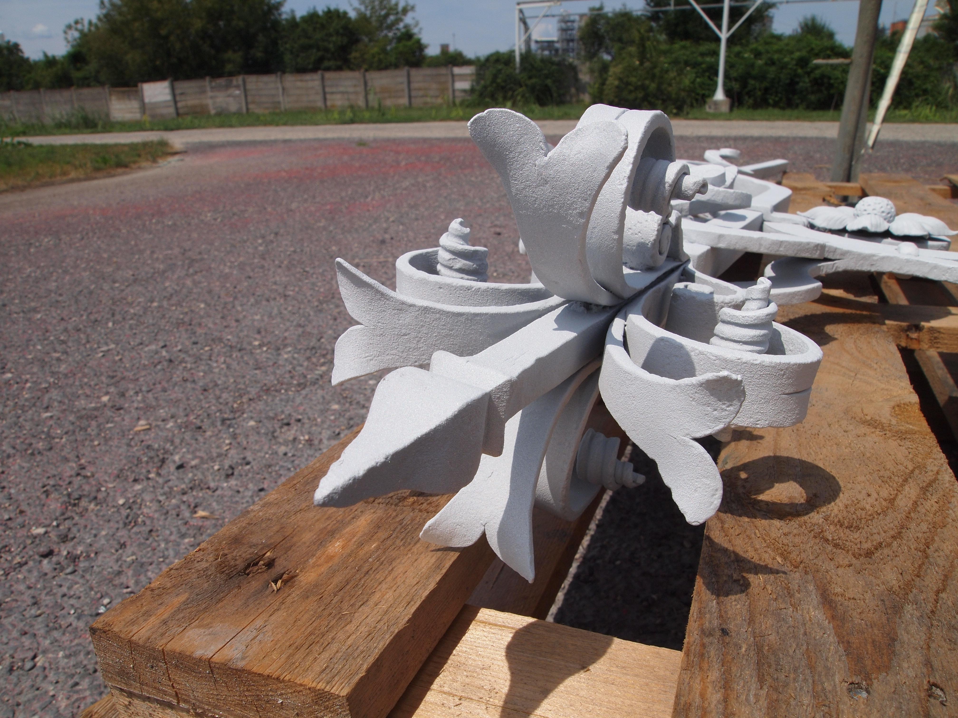 Aluminium bevonat kovácsoltvas korláton