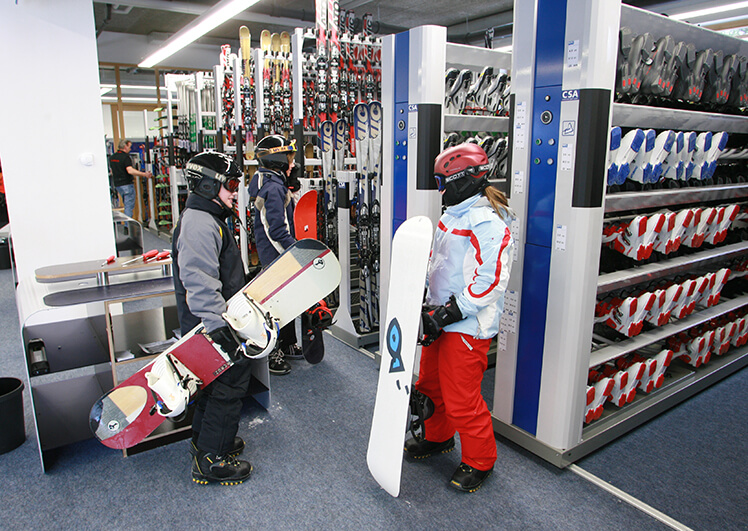 Ski-Verleih Snowboard für Gruppen