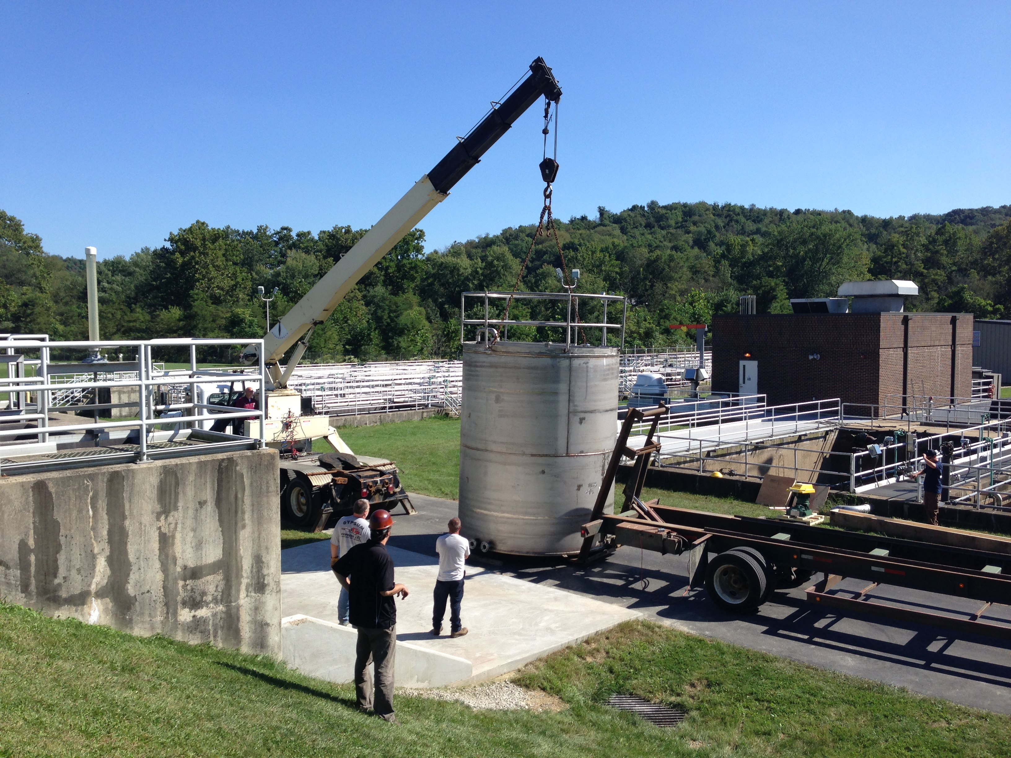 7,000 gallon, 304 Stainless Steel storage tank