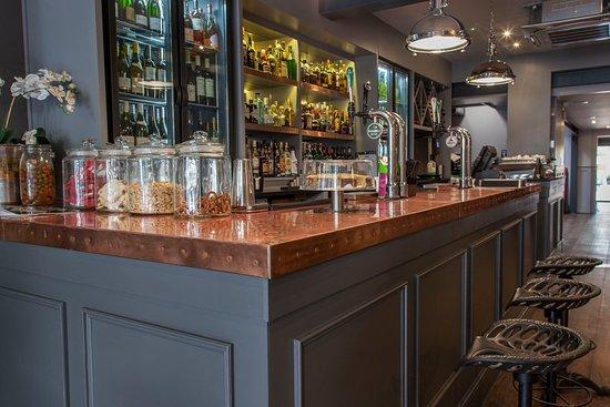 cameo club cardiff bar design