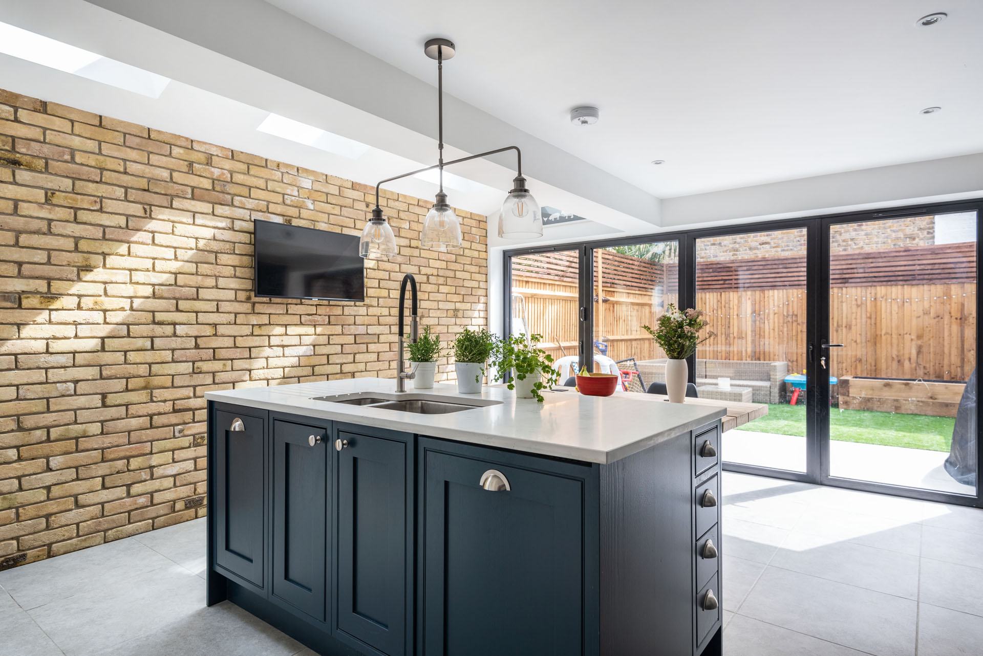 house extension and custom kitchen