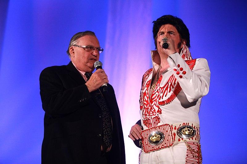 File:Joe Arpaio & Elvis impersonator (12829252073).jpg