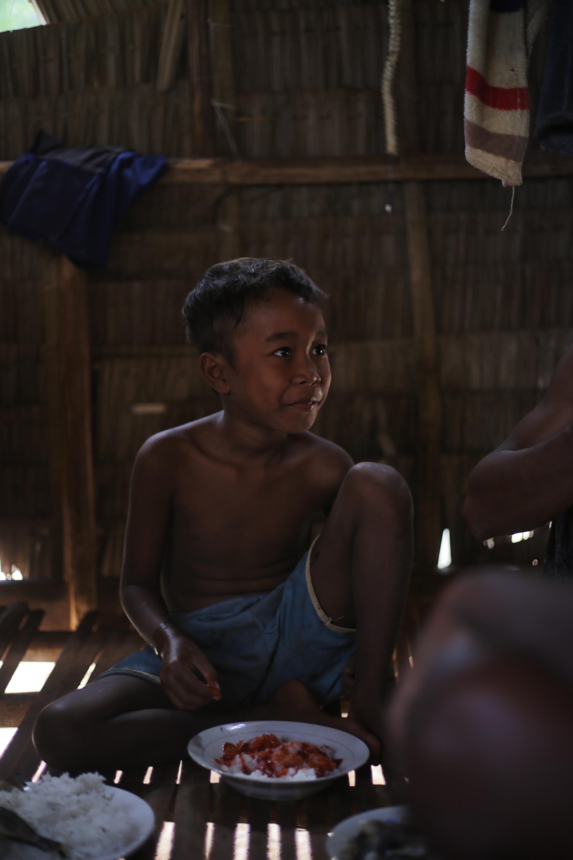 Tagbanua boy from Coron Palawan, photograph by Terence Angsioco