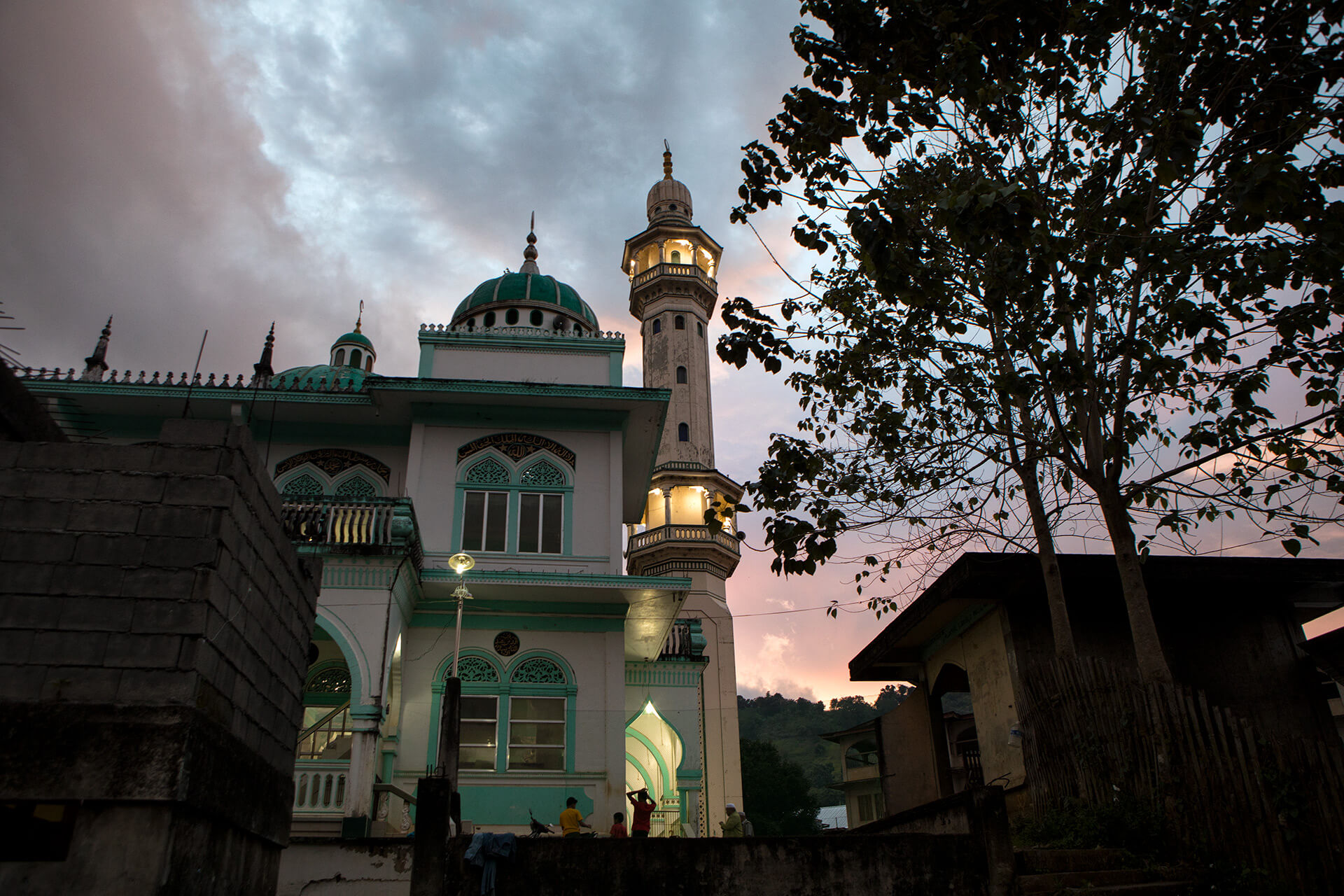 The exterior of the Dalliman Central Masjid was built by Tugaya's own craftsmen.