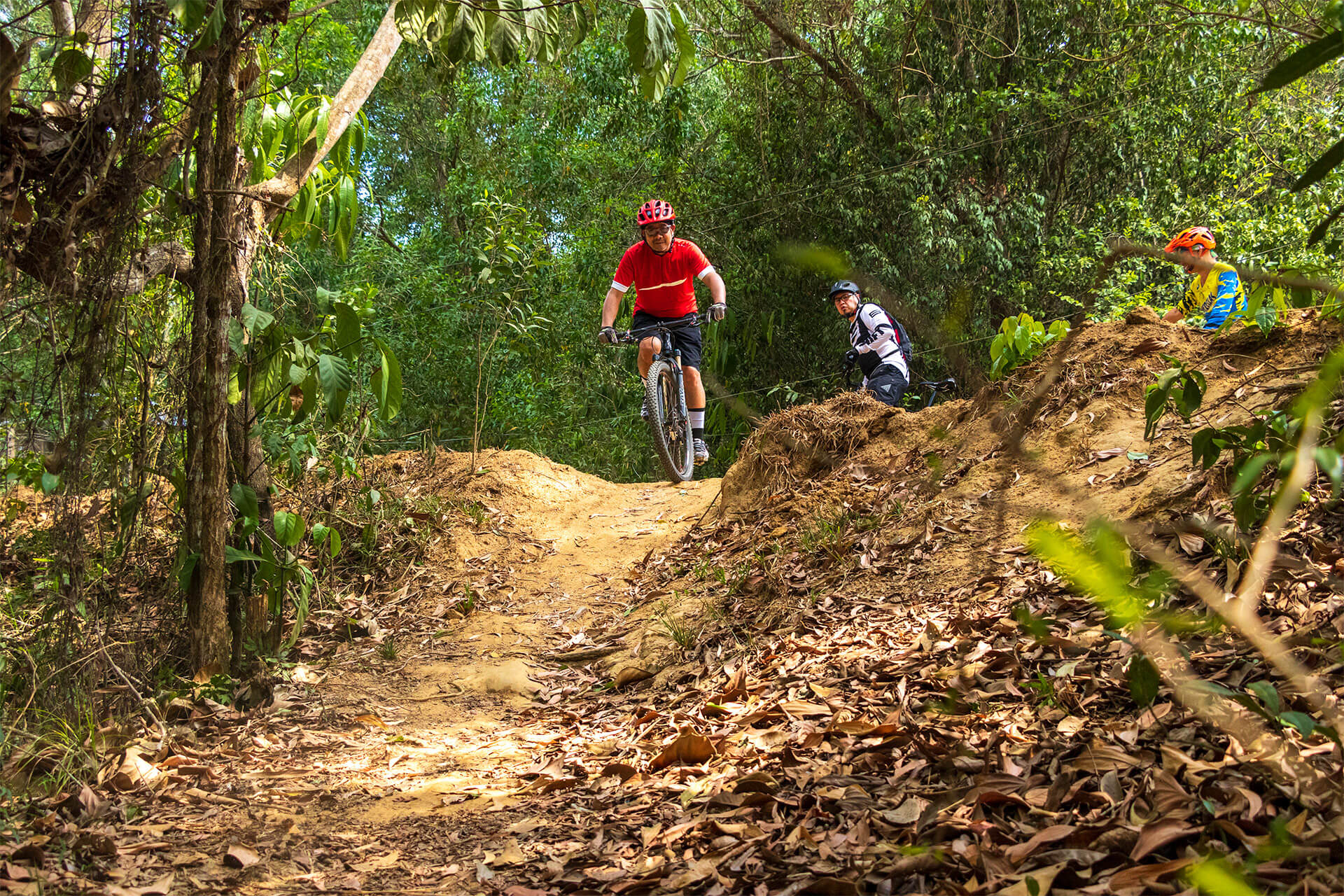 Agu Paiso and other cyclists traversing the Guimaras mountian-bike trail