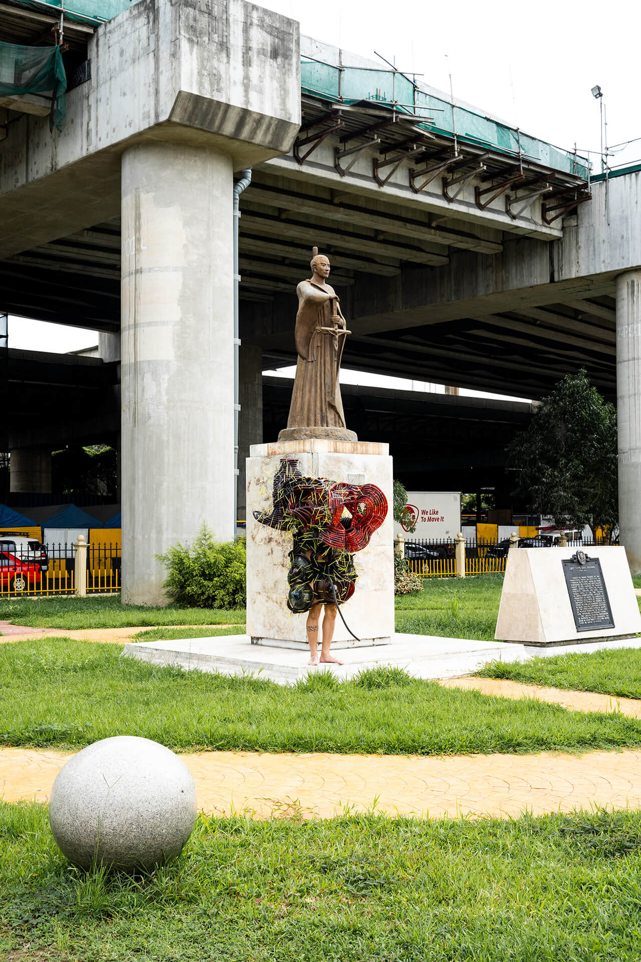 Art Installations in public spaces - By the monument under the LRT (Aliens of Manila series)