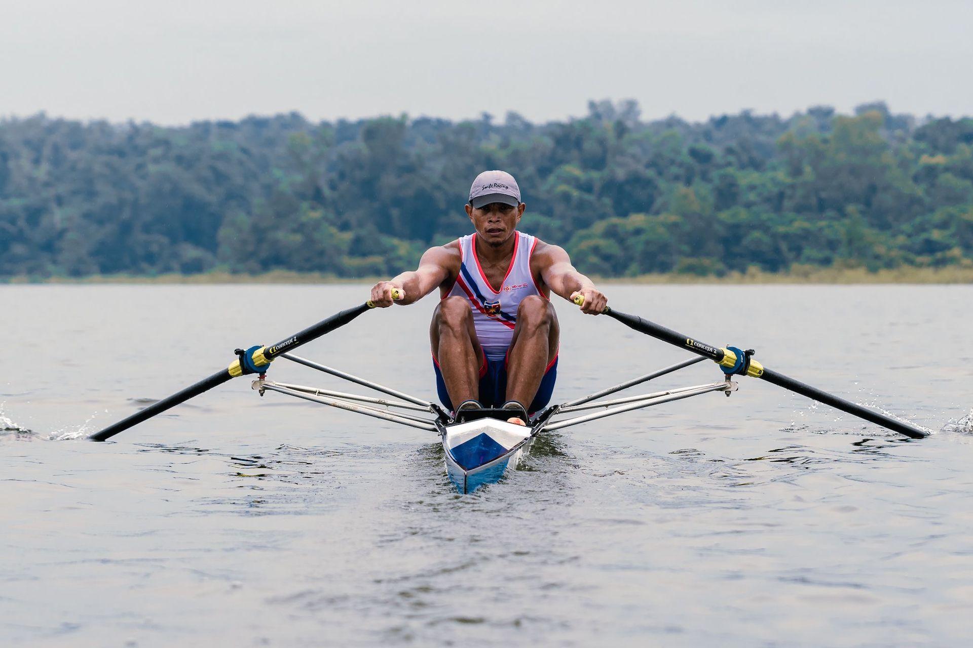Philippine rower training in La Mesa Dam