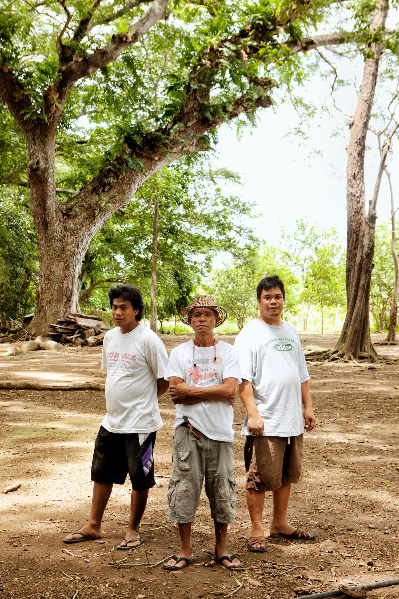 Organic farmers and farmhands on the Uychiat farm