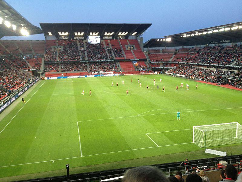 Illustration de l'avantage du terrain au football - Match Montpellier-Rennes