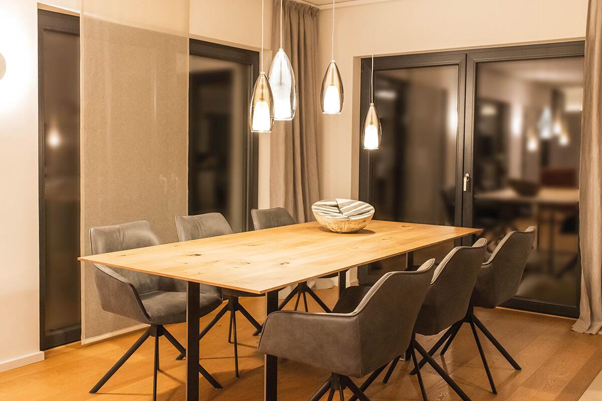 Raumgestaltung & Möbelkreation | Wohnzimmer & Essbereich