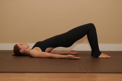 spinal-bridge-pilates-solo