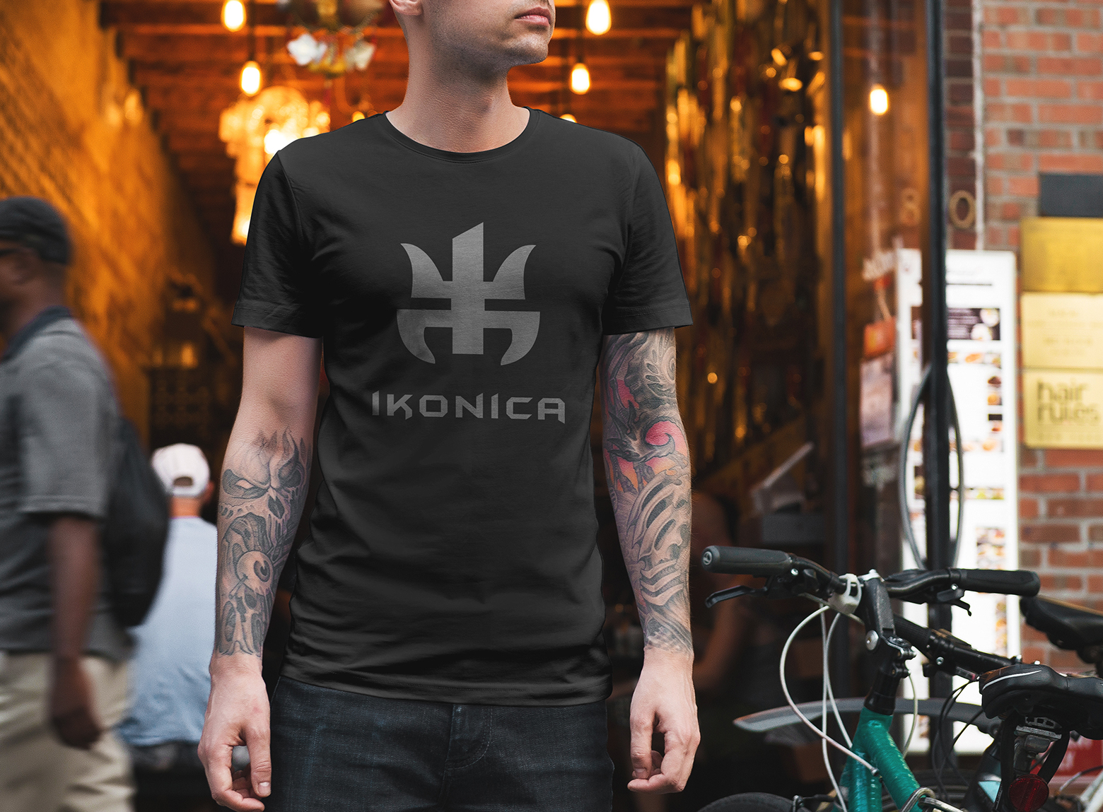 design tshirt logotipo ikonica por switch studio
