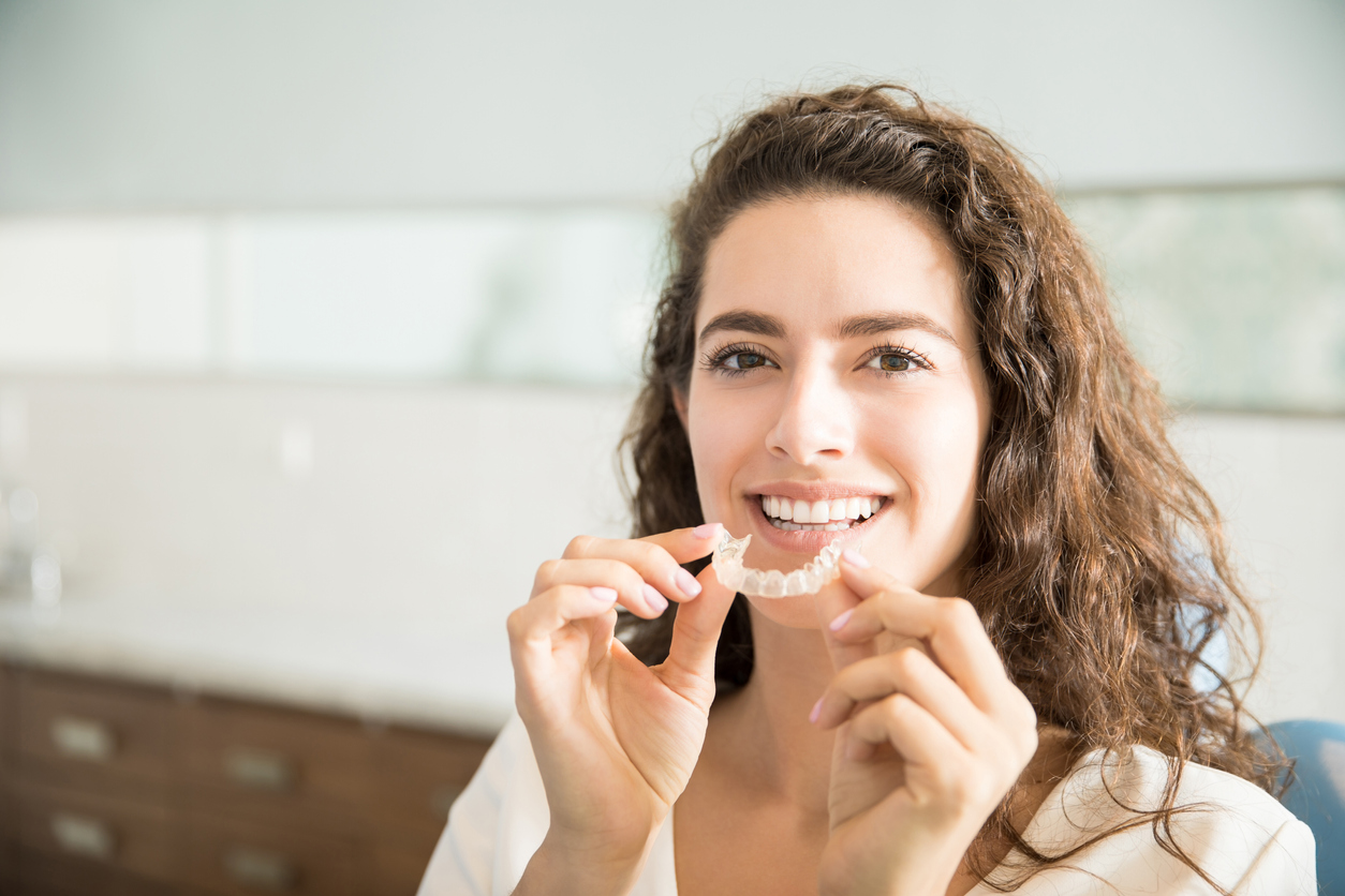 Easy and Attractive Ways to Straighten Your Teeth