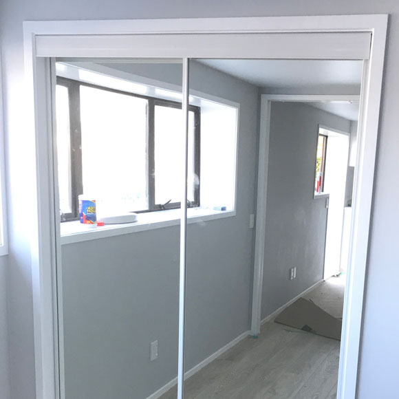 Twin track Decor mirror doors
