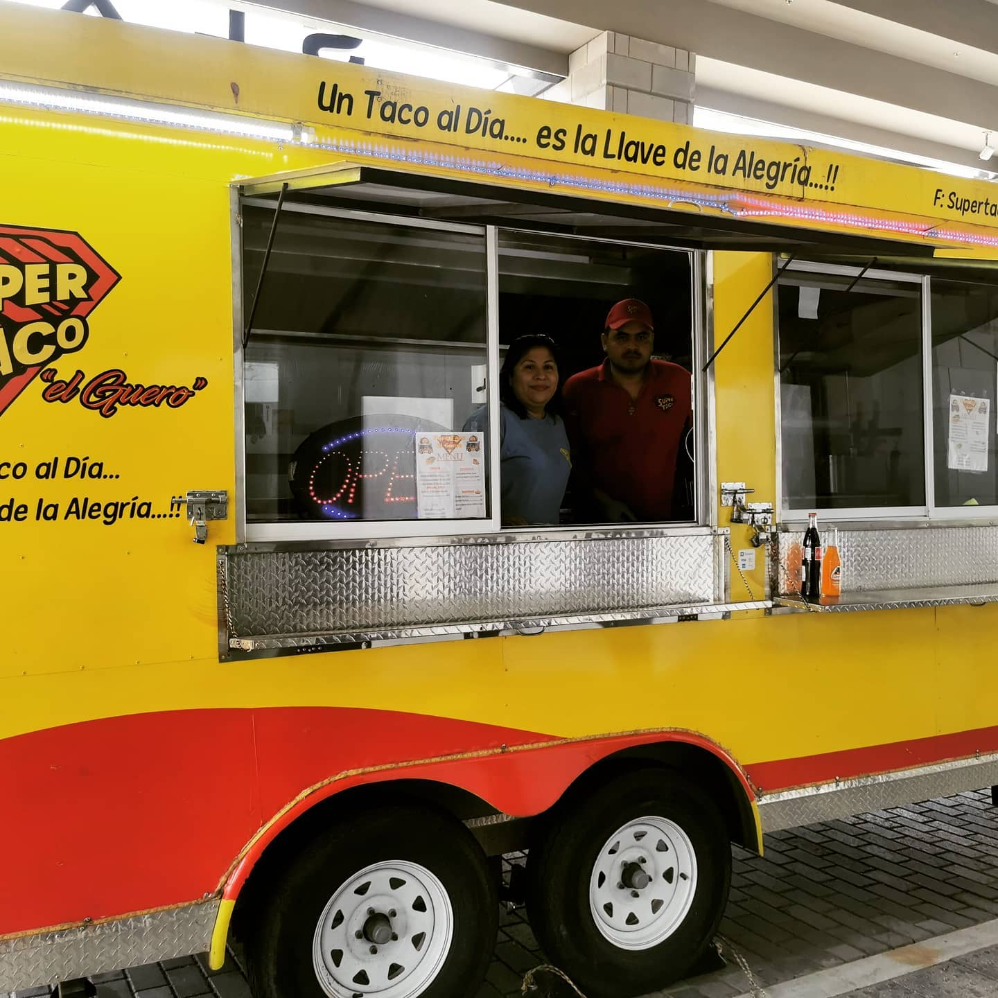 They are here! And they are delicious!  Come place your order for some tacos from @supertacoelguero and pick up your fabulous #margaritakit from @_leizureliving in Club Pure!   Happy Cinco de Mayo everyone!  .  .  .  .  .  .  .  .  @slxatlanta  #superta...