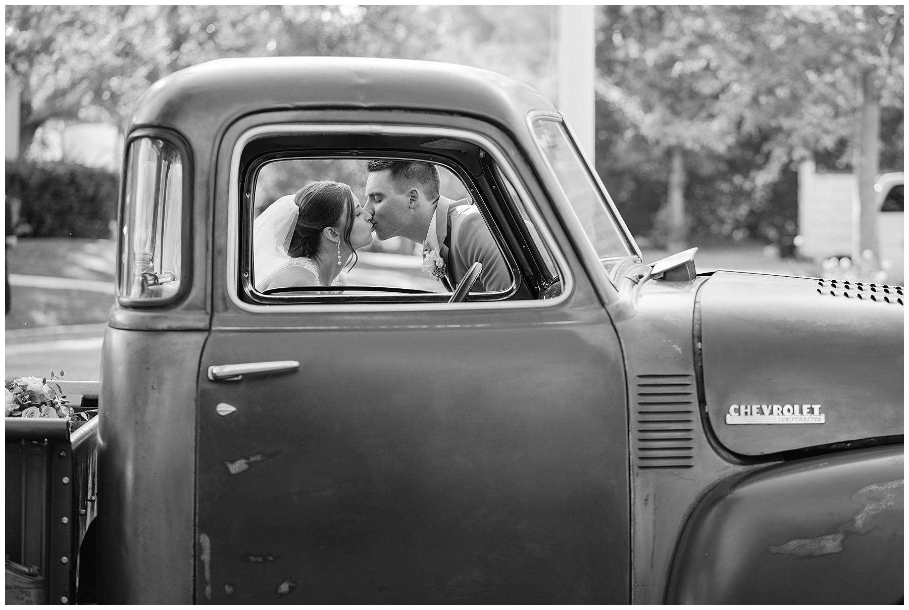 vintage truck wedding