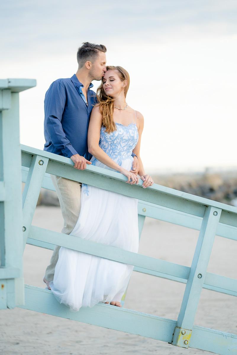 romantic engagement venice beach