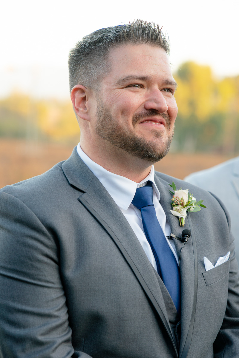 grooms reactions to bride walking down the aisle